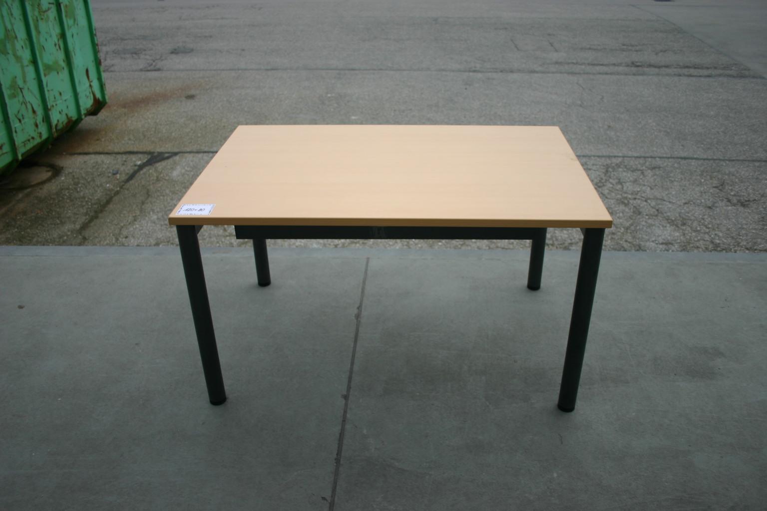 schreibtisch 120 x 80 in ahorn dunkel von steelcase komplettb ros serien unsere kategorien. Black Bedroom Furniture Sets. Home Design Ideas