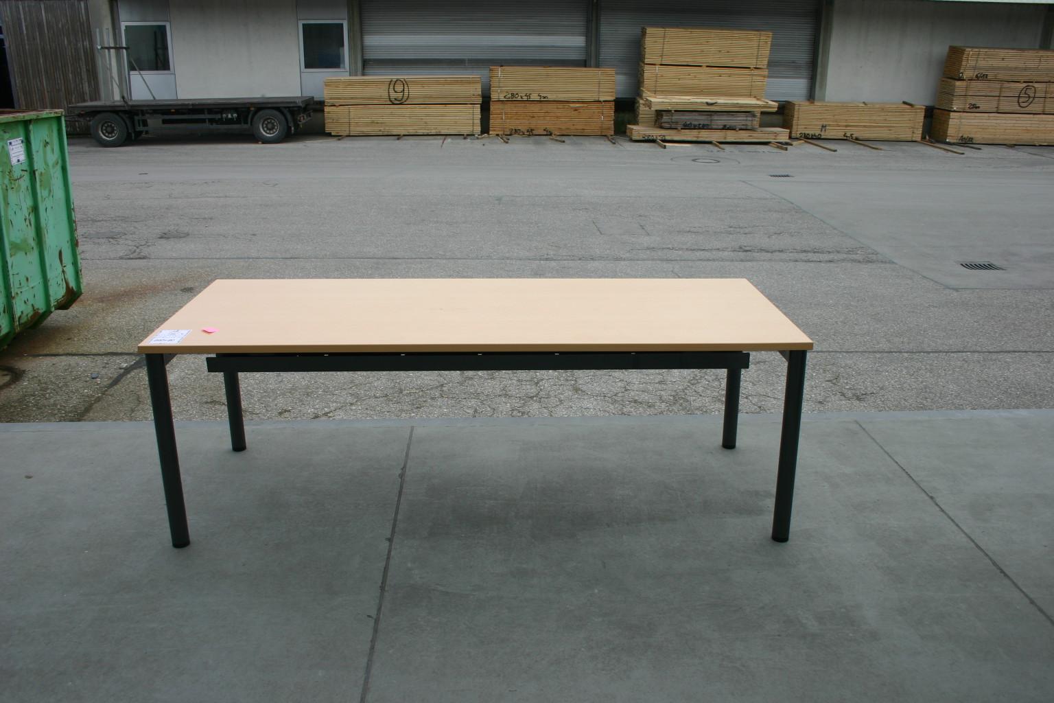 Schreibtisch 200 x 80 in ahorn dunkel von steelcase for Schreibtisch dunkel