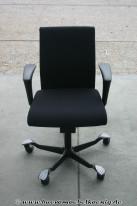 Drehstuhl in schwarz von HAG, Modell H04 4400