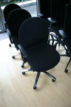 Drehstuhl in schwarz von König + Neurath, Modell Targa