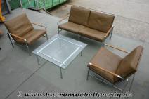 Exklusive Sitzgruppe von Kill in Leder: Zweiersofa + 2 Sessel + Glastisch im Set
