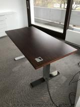 Elektrisch höhenverstellbarer Schreibtisch von .spiegels, Modell .con air
