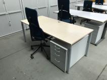 Schreibtisch 180x80 in Ahorn von Hali