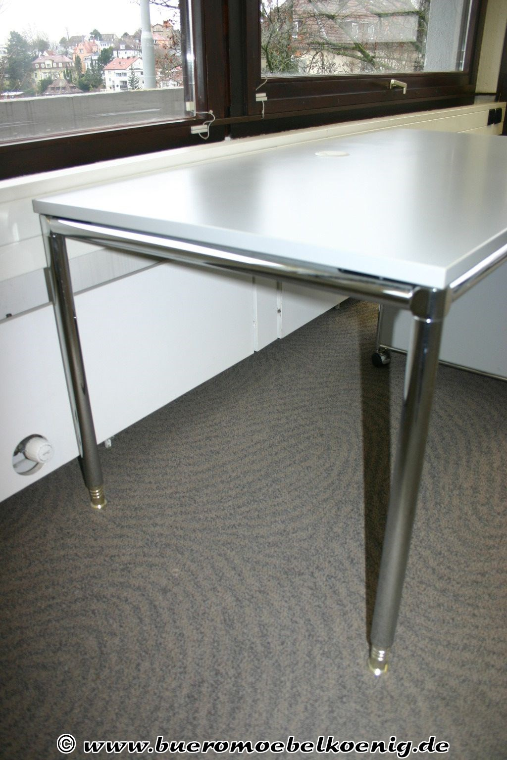 tisch 160 x 80 in grau chrom von bosse schreibtische tische unsere kategorien. Black Bedroom Furniture Sets. Home Design Ideas
