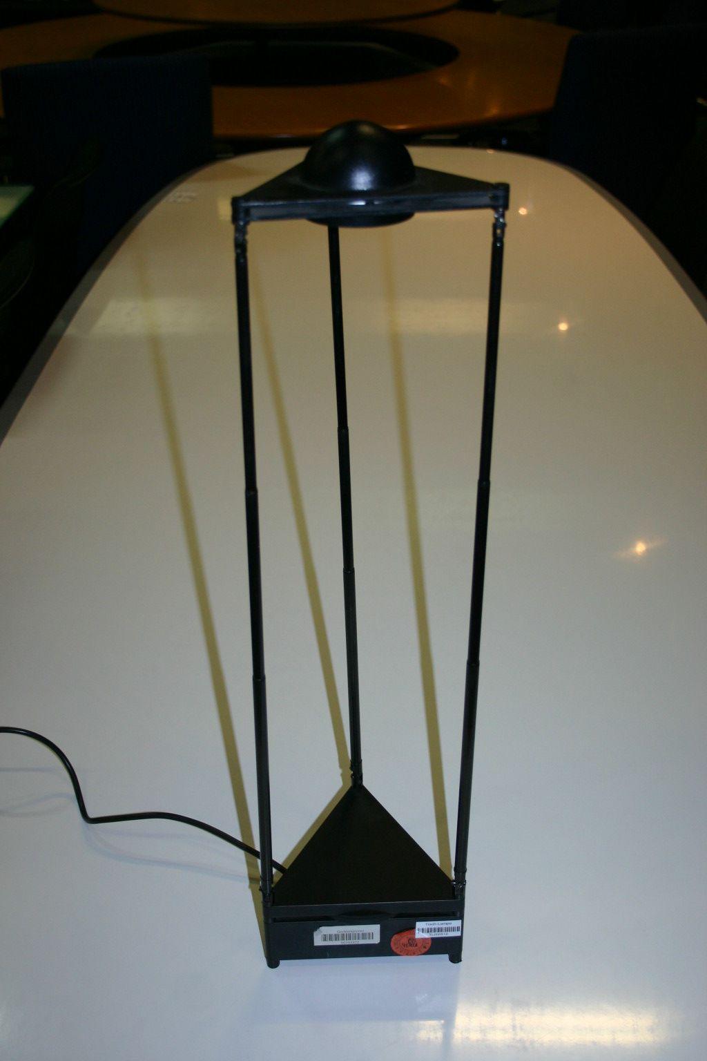 schreibtischlampe von lucitalia modell kandido. Black Bedroom Furniture Sets. Home Design Ideas