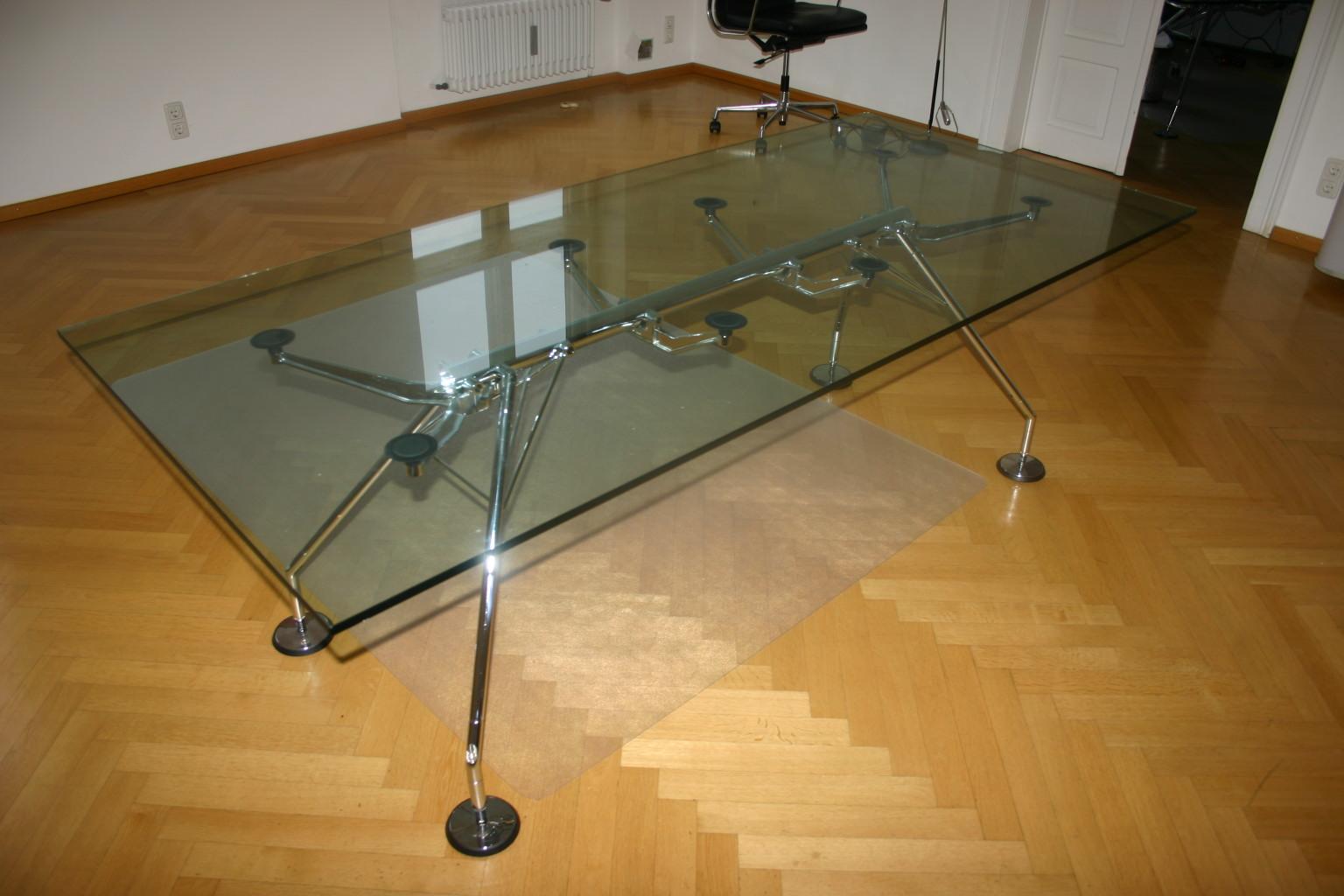 glasplatte f r konferenztisch schreibtisch von tecno. Black Bedroom Furniture Sets. Home Design Ideas