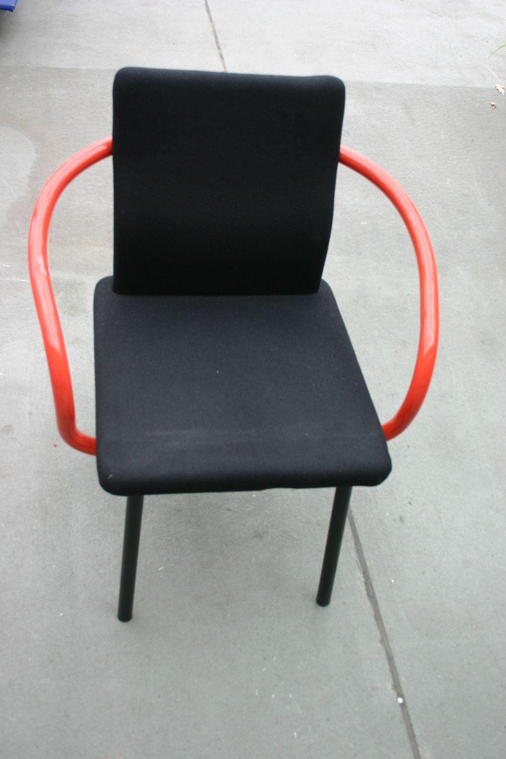 Stuhl in schwarz rot von knoll for Stuhl schwarz