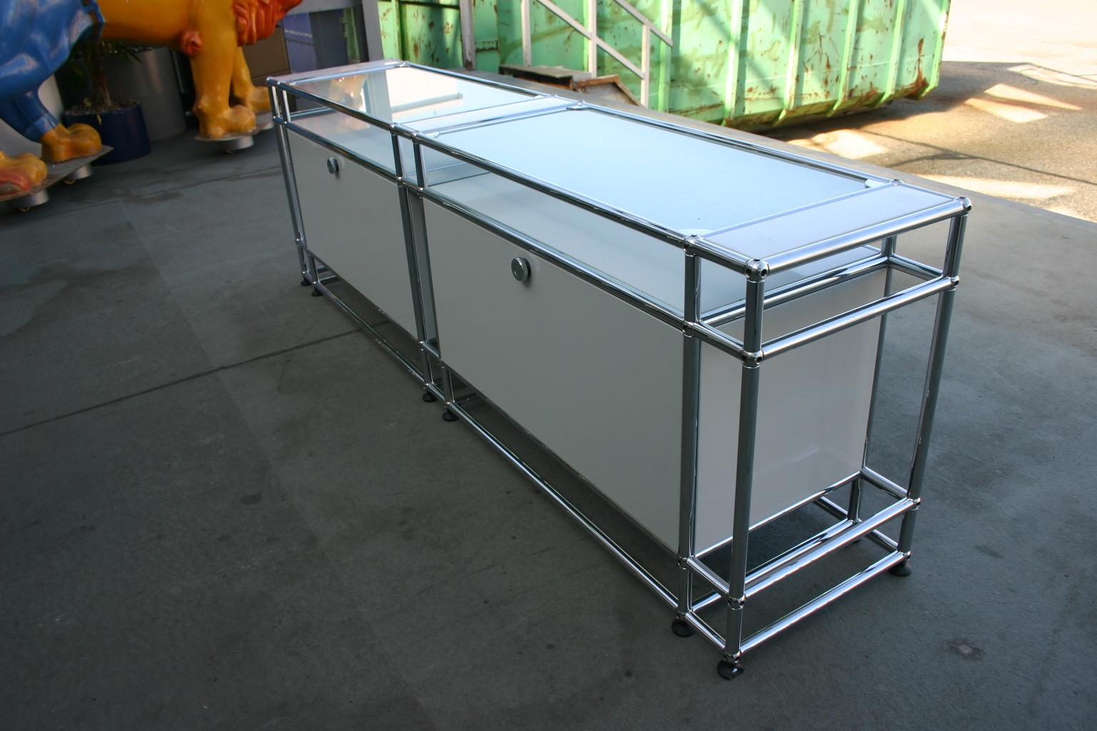 Sideboard Von USM Haller In Weiß / Glas