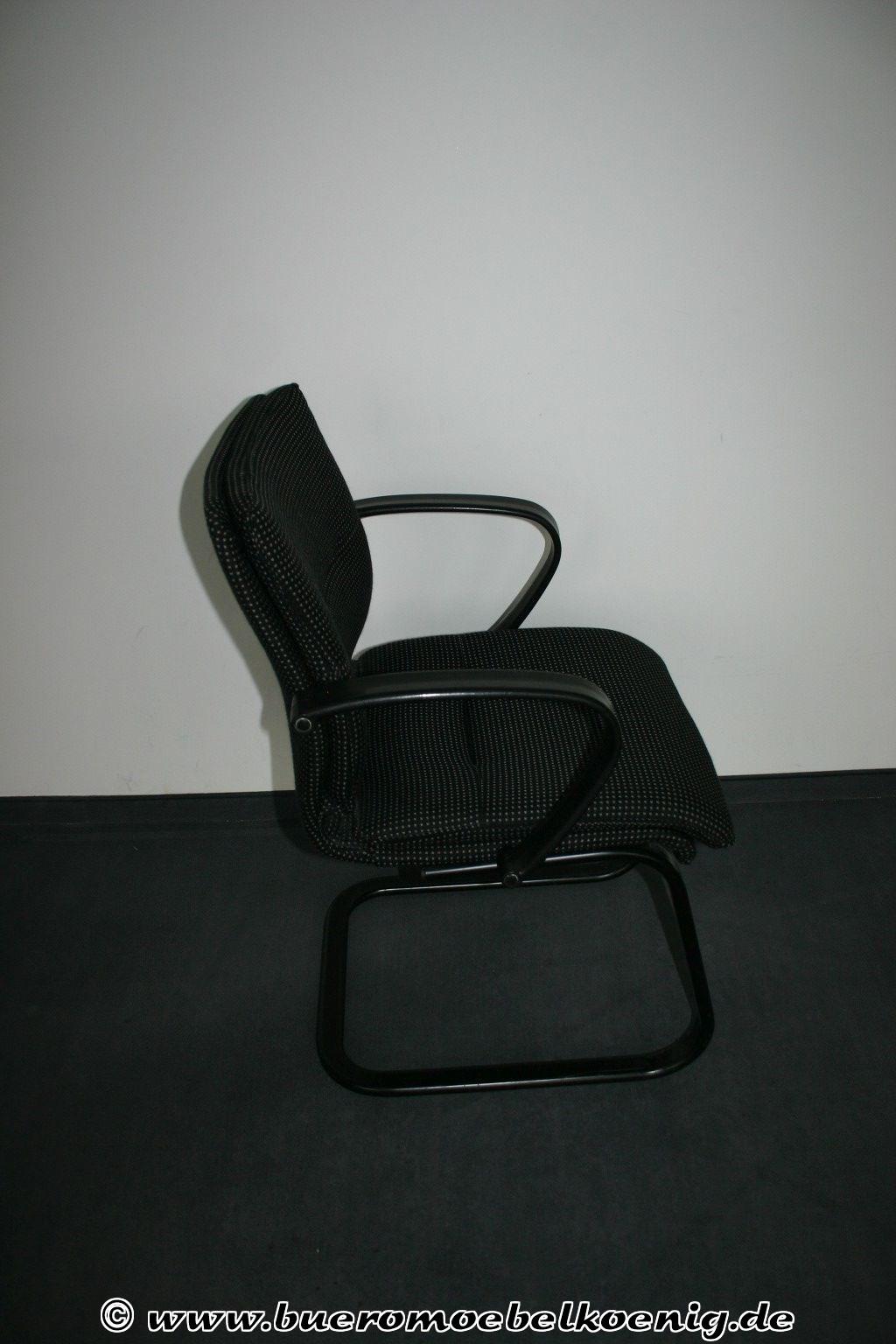 freischwinger in schwarz grau freischwinger st hle. Black Bedroom Furniture Sets. Home Design Ideas
