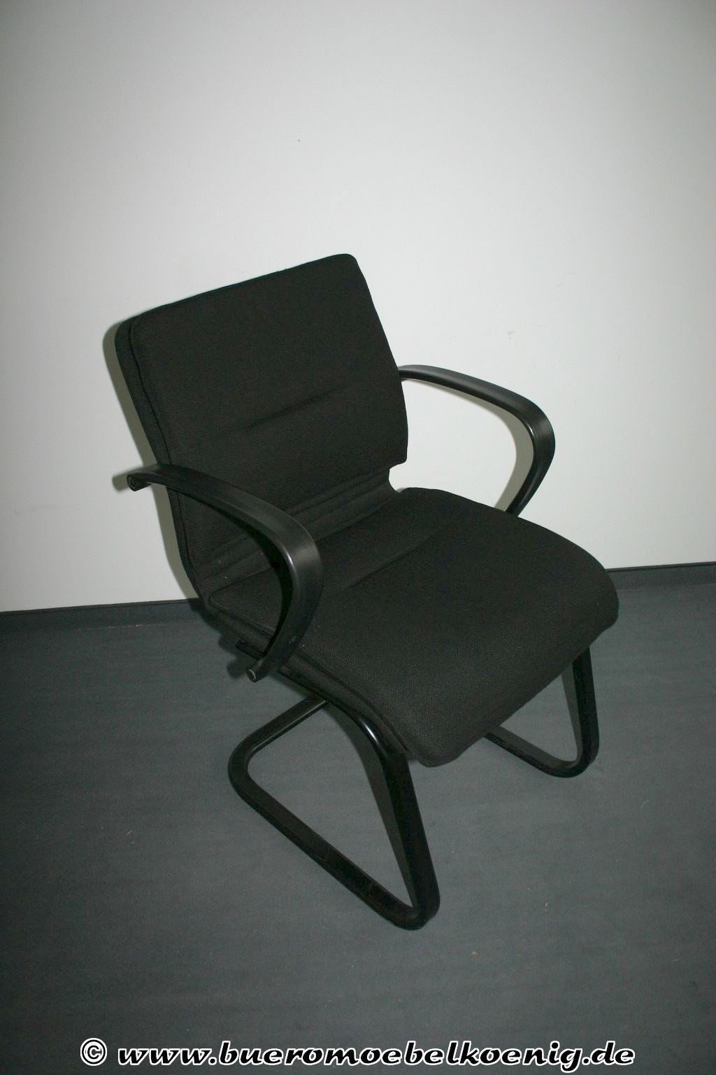 freischwinger in schwarz besucherst hle st hle unsere kategorien. Black Bedroom Furniture Sets. Home Design Ideas