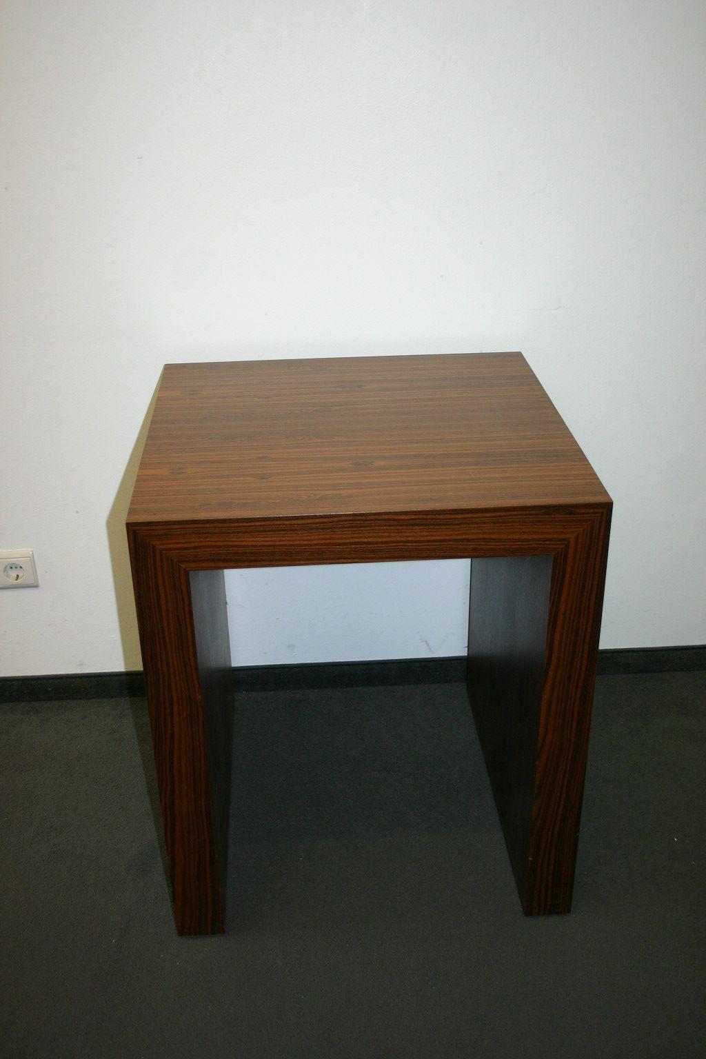 beistelltisch in holz. Black Bedroom Furniture Sets. Home Design Ideas