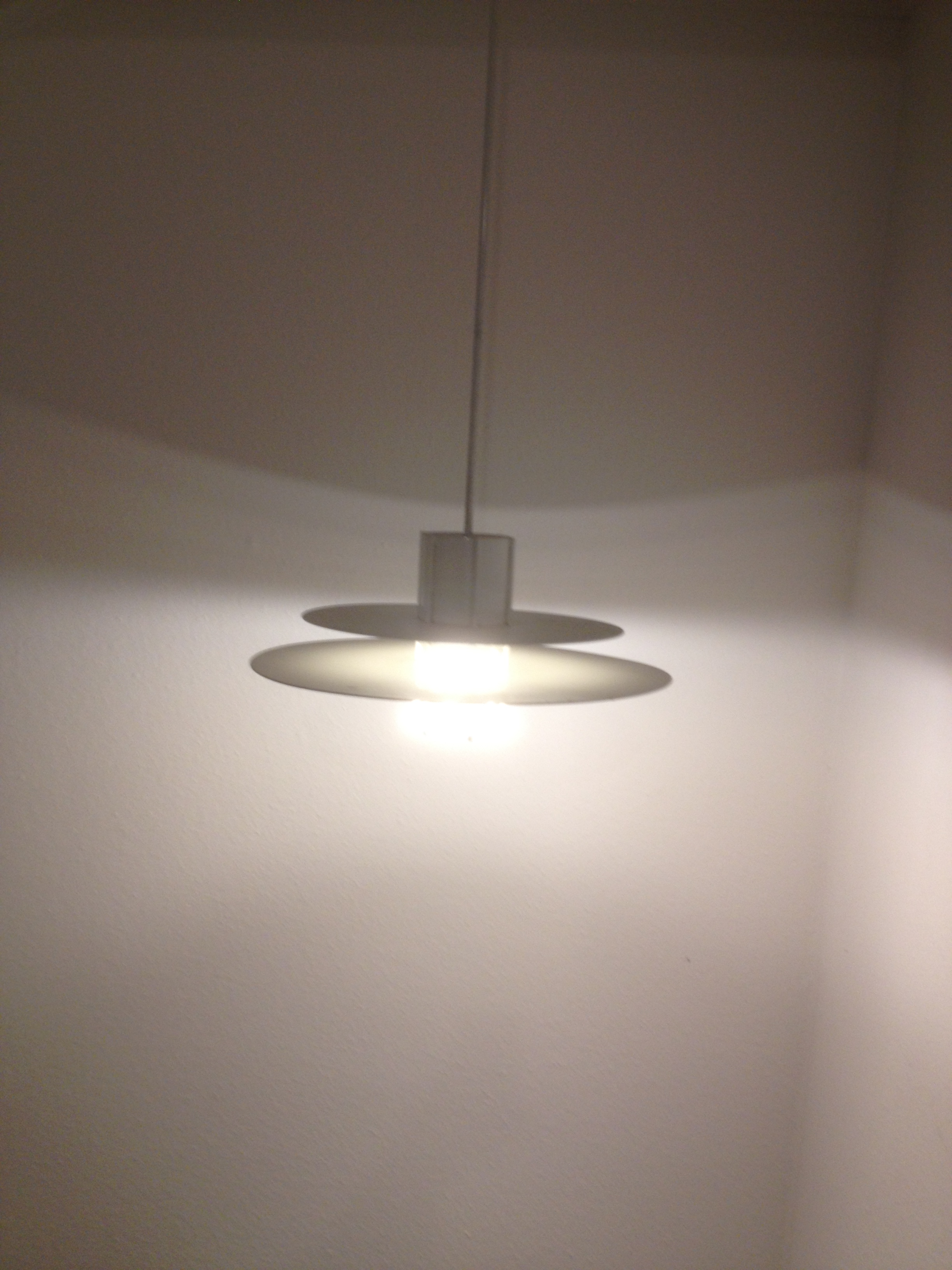 designer deckenlampe von louis poulsen oder m ller jensen design klassiker unsere kategorien. Black Bedroom Furniture Sets. Home Design Ideas