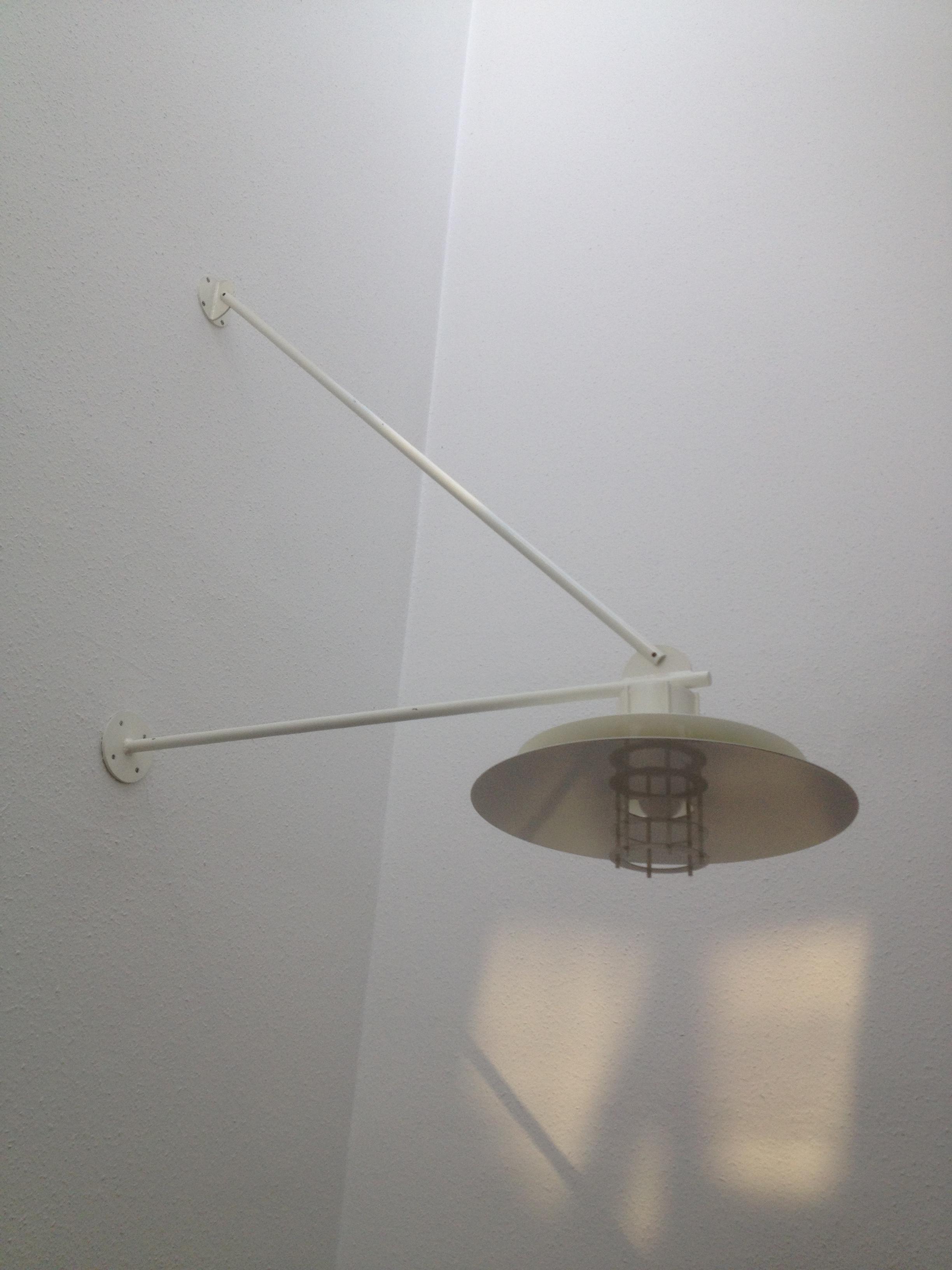 designer deckenlampe von louis poulsen oder m ller jensen schreibtischlampen lampen unsere. Black Bedroom Furniture Sets. Home Design Ideas