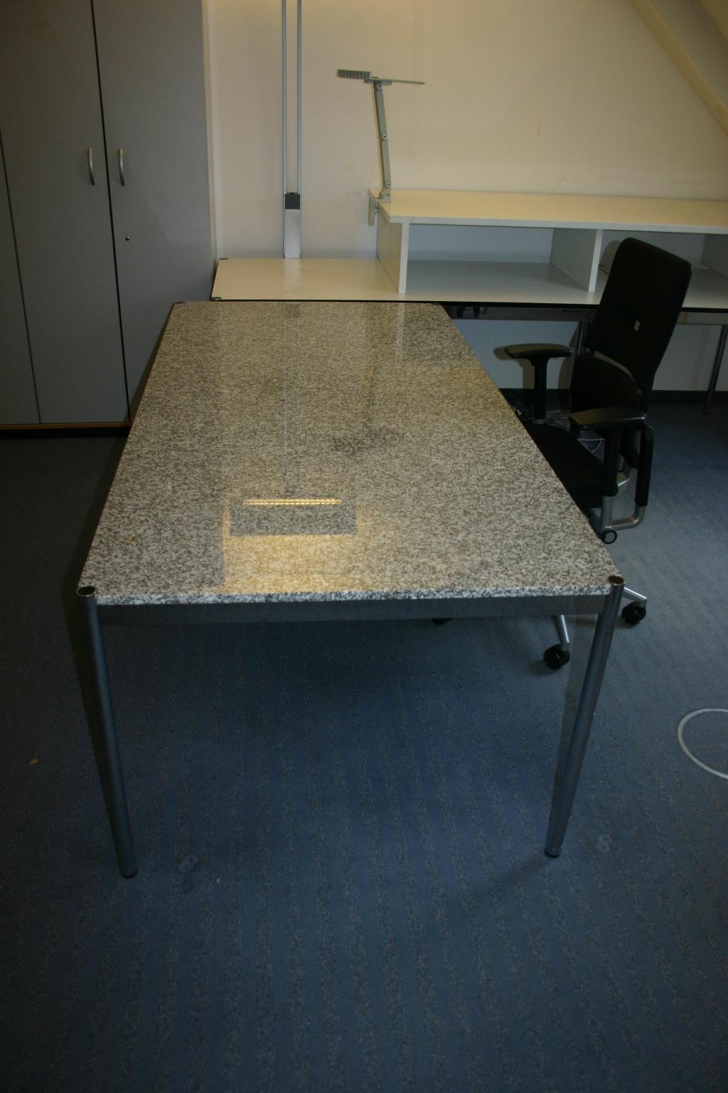 Schreibtisch 150 x 75 aus granit von usm haller for Schreibtisch 150