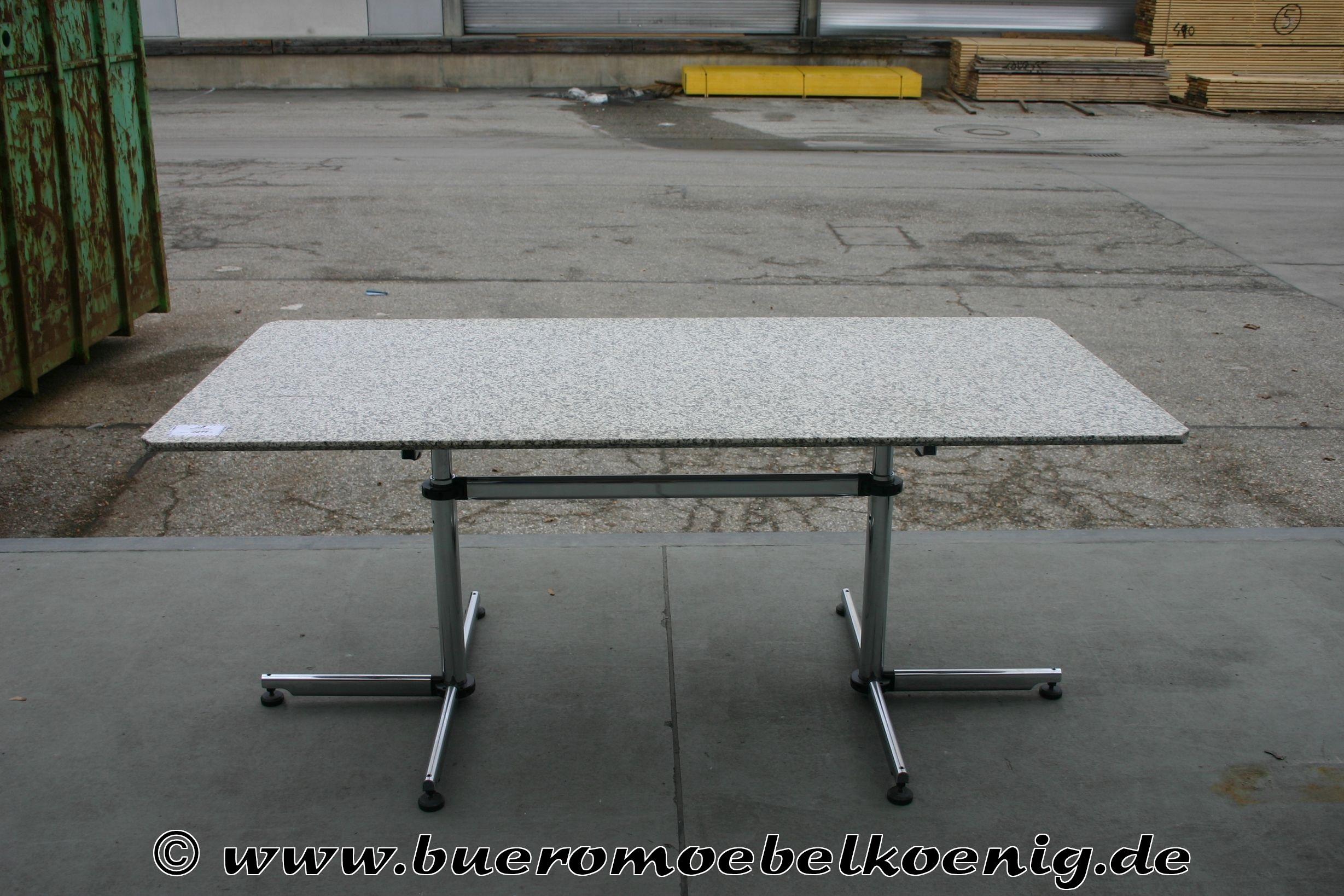 Tisch von usm haller kitos mit granitplatte tische for Tisch mit marmorplatte gebraucht