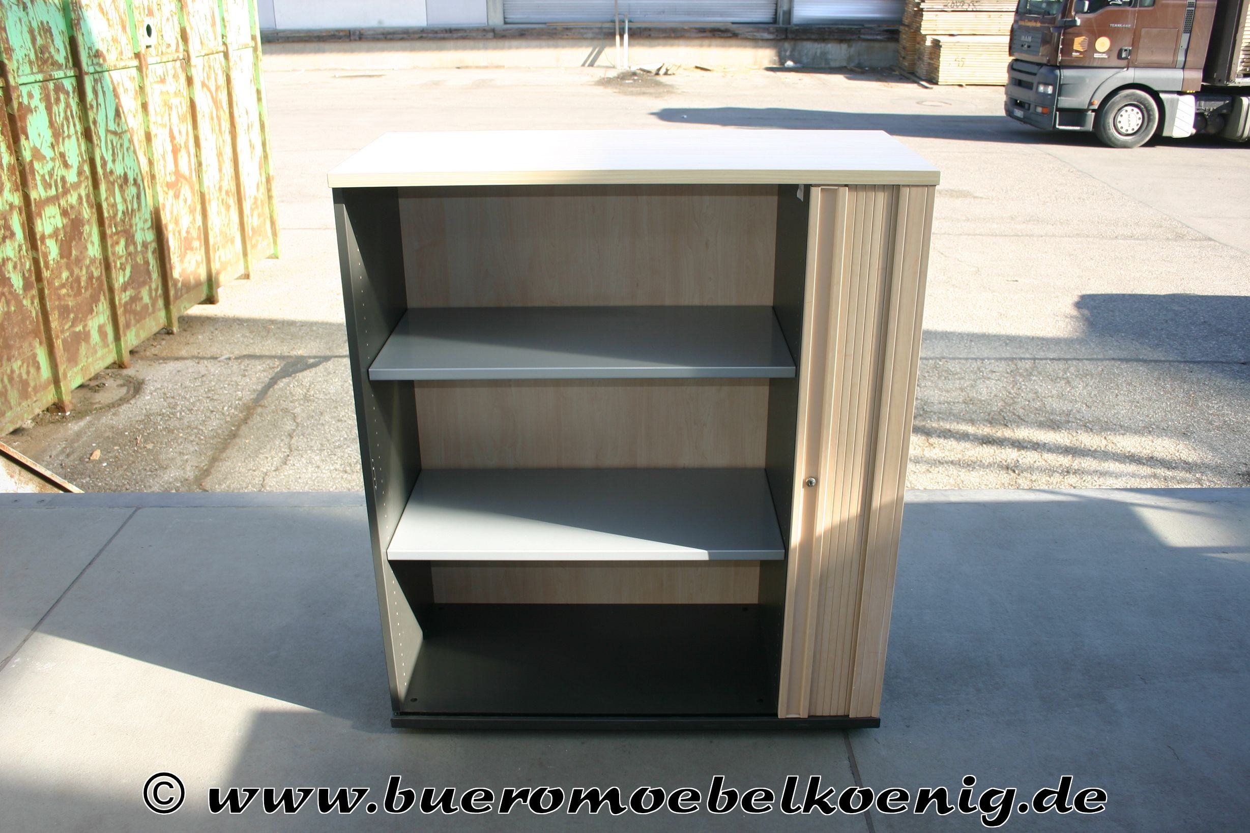 sideboard mit querrolladen 3 oh in apfel von dyes haworth. Black Bedroom Furniture Sets. Home Design Ideas