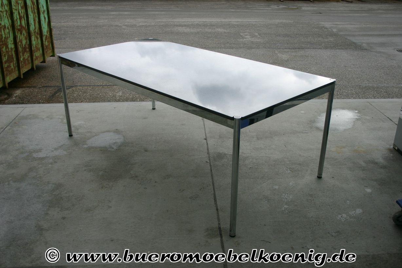 tisch von usm haller mit granitplatte tische unsere. Black Bedroom Furniture Sets. Home Design Ideas
