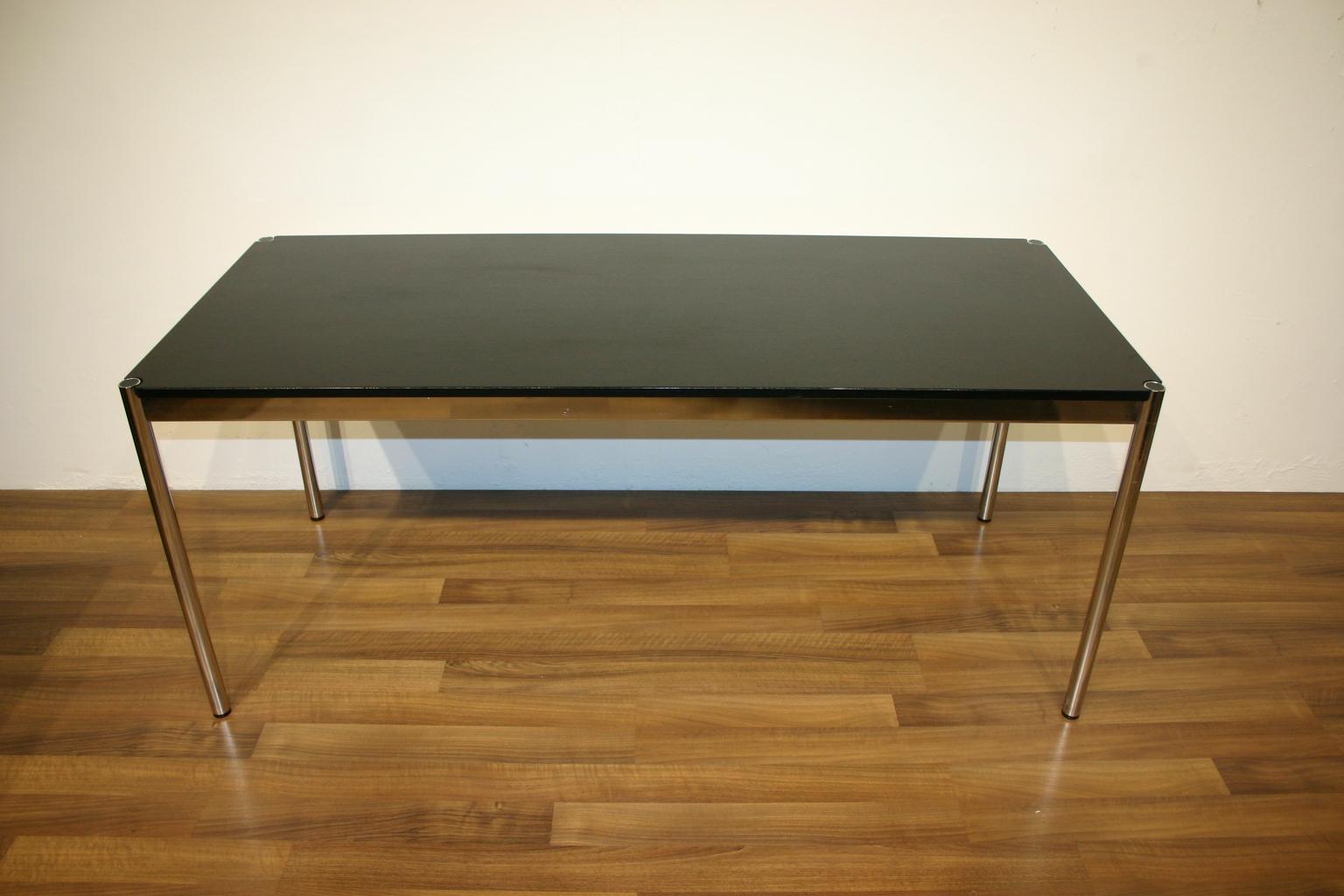 Usm Haller Tisch In Schwarz 150 X 75